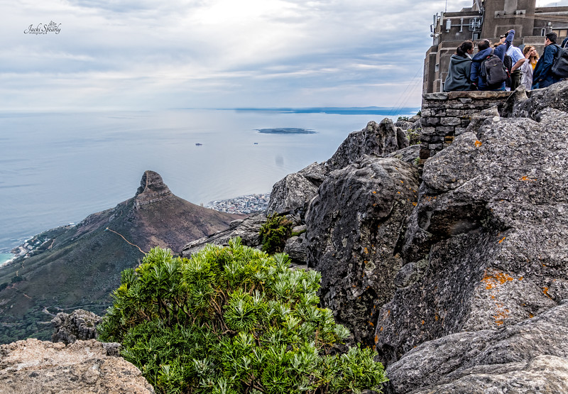 20190514-150 Cape Town Table Mtn, View of Lion's Head and Robben Island from top