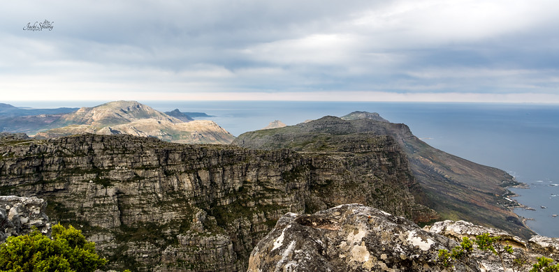 20190514-82 Cape Town Table Mtn, SW view over the mountin