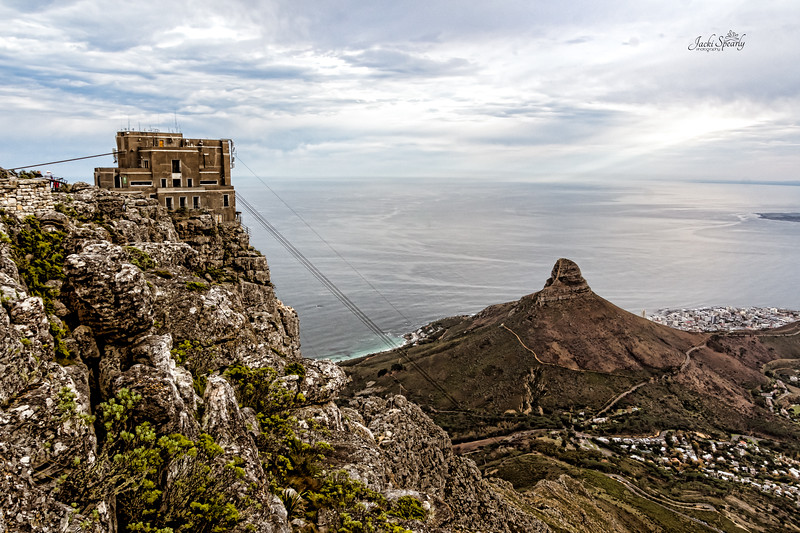20190514-71 Cape Town Table Mtn, Lon's Head and cables to the top of Table Mtn