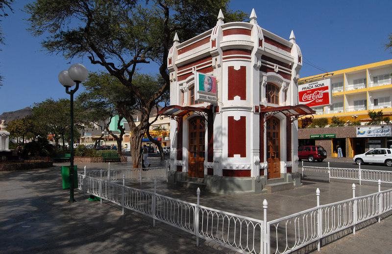 Kiosk, main square, Mindelo