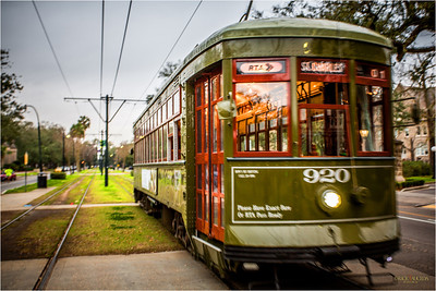 The route traditionally forms a 13.2-mile crescent from Carondelet at Canal Street in the Central Business District through the oldest and most majestic section of uptown New Orleans, around the Riverbend to Carrollton at Claiborne Avenue.