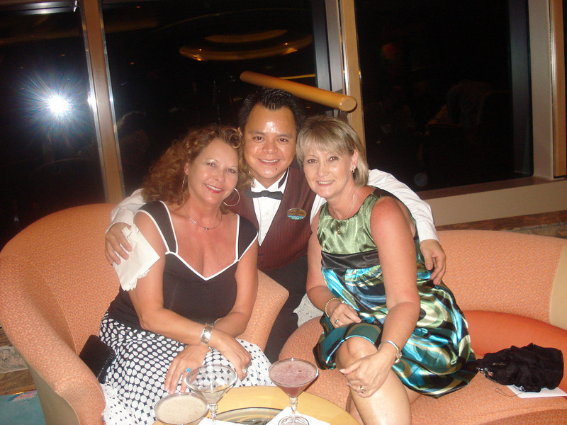 Lorenzo with the ladies in the Champagne Lounge