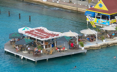 Welcome to Paradise bar