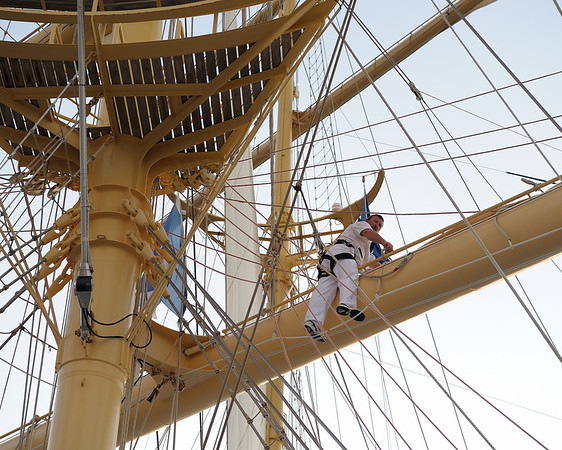 Alexey in the rigging