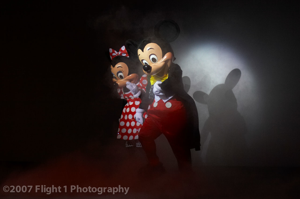 Mickey and Minnie say goodbye