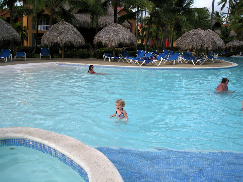 Sonya - first day in Dominicana, trying out the pool