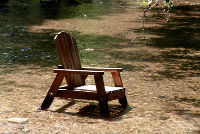 Soaking chair behind Big Sur River Inn.