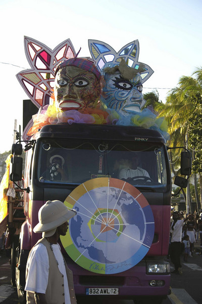 One of the few floats in the Vide en Noir et Blanc prior to the buring of Vaval.