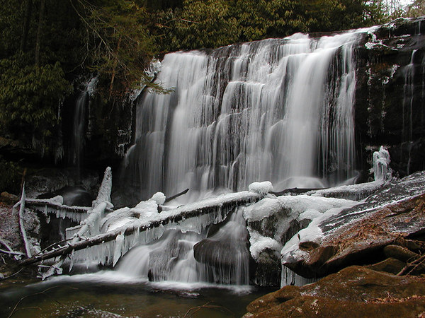 North Shoal Creek Falls NC<br /> Near Violet NC or Appalachia Lake last Winter with Kenny