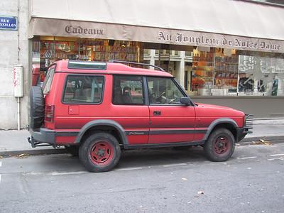 Turbo Diesel Land Rover disco with steel wheels.
