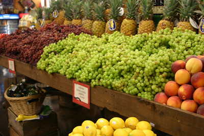 Casa de Fruta also really does sell fruit. And it all looks really good.