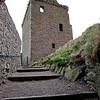 """El edificio principal """"The Keep"""" del siglo XIV es un sofisticado ejemplo de una casa en torre escocesa de la epoca, sin embargo contiene todas las comodidades modernas de fines del siglo XIV."""