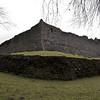 El castillo cambio de manos frecuentemente pero permanecio ocupado hasta el suicidio de su dueno, William Duff en 1718.