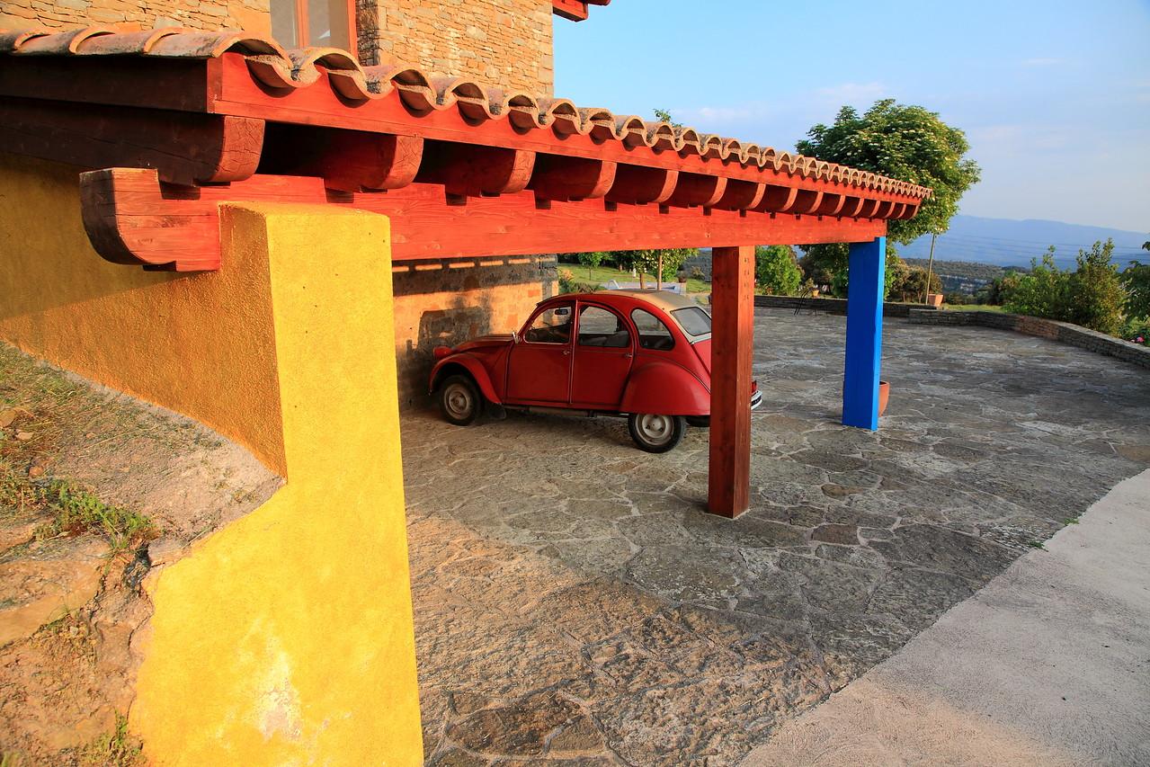 Local color and a Citroën deux chevaux