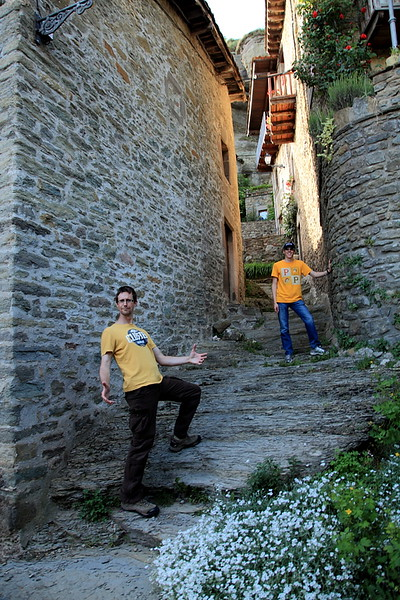 Exploring Rupit, Spain, where some of the streets are an old stream bed.