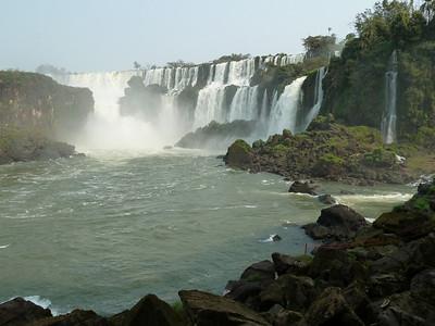 Cataratas del Iguazú - Iguazú Falls, Argentina
