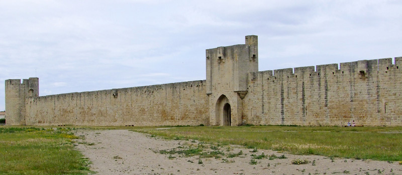 The medieval wall around the town of Aigues Mortes.