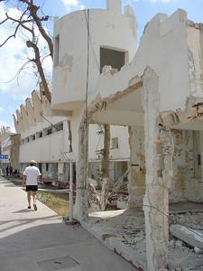 2006-04-30_12-32-30_foss