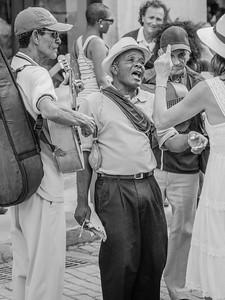 Street musicians ... Havana