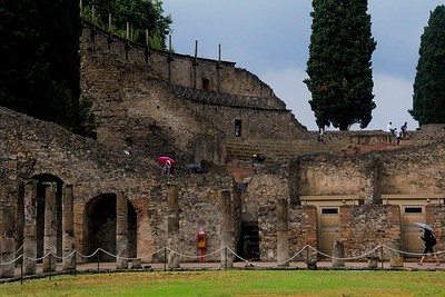Pompeii, even though it was not a flat city, was hopelessly buried under ash averaging 15 to 20 feet deep. The heat release equaled 100,000 Hiroshima A-bomb blasts.