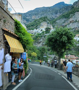 """Positano's pedestrians are, without choice, far more focused than those in America. The process of natural selecton would """"neutralize"""" anyone Positano resident/visitor prone to the U.S. pastime of total cell phone distraction."""