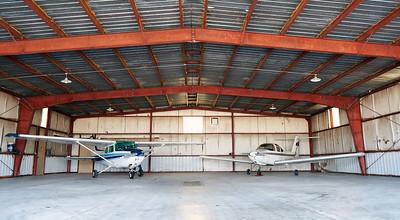 Cessna 172 - In Hangar