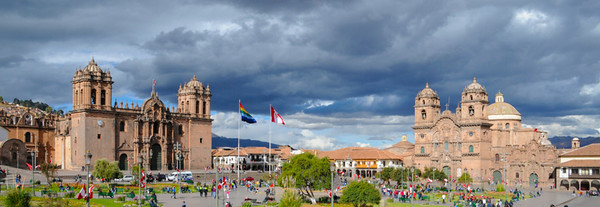 Cusco_PlazaDeArmas 03