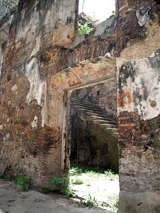 Casco Viejo - Ruin on Avenue B 2