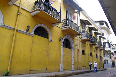 Casco Viejo - Yellow Street