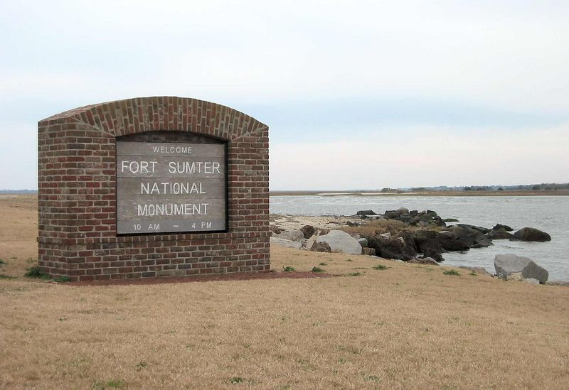 Welcome signpost on island for Fort Sumter
