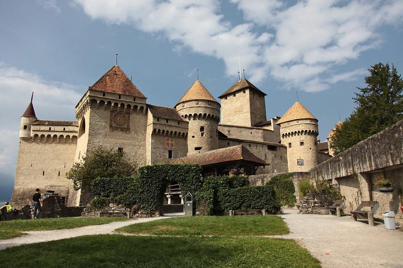 Chateau_and_Gruyere_25