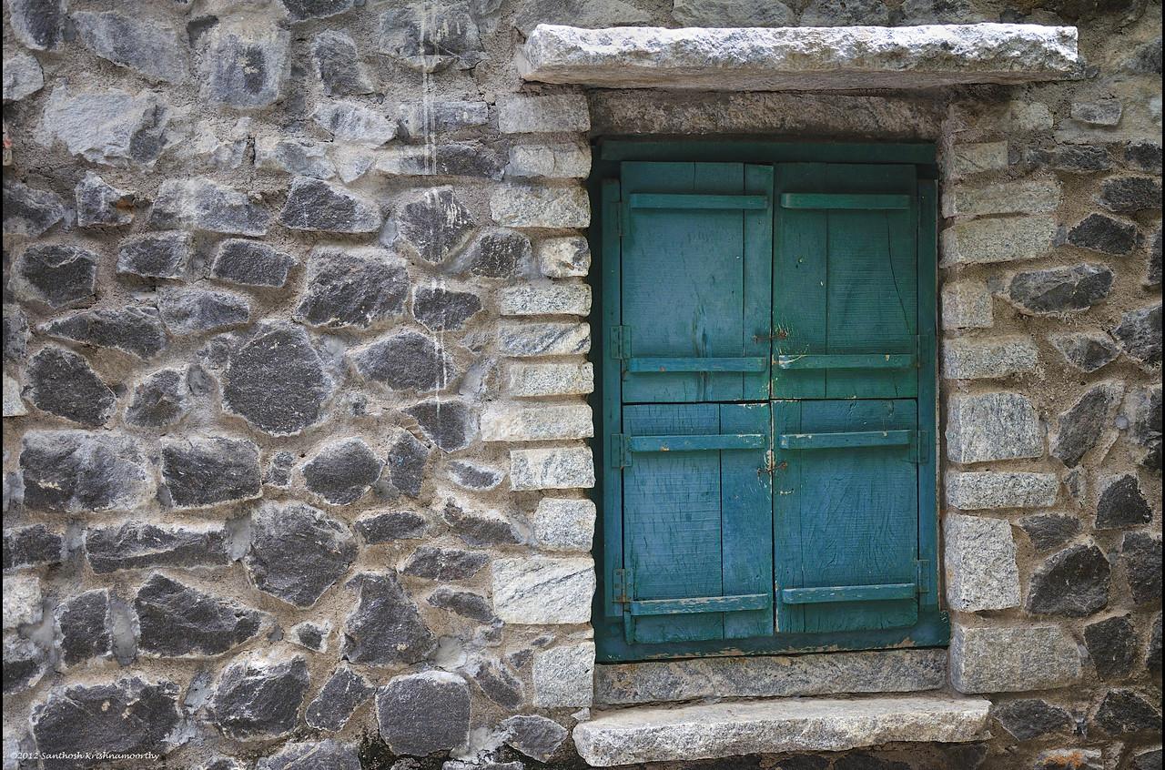 Textures: Windowed......