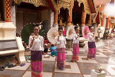 Wat Phrathad Doi Suthep umbrella dance 2