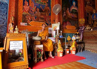 Wat Phrathad Doi Suthep Monk