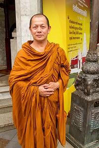 Wat Phrathad Doi Suthep visiting Monk