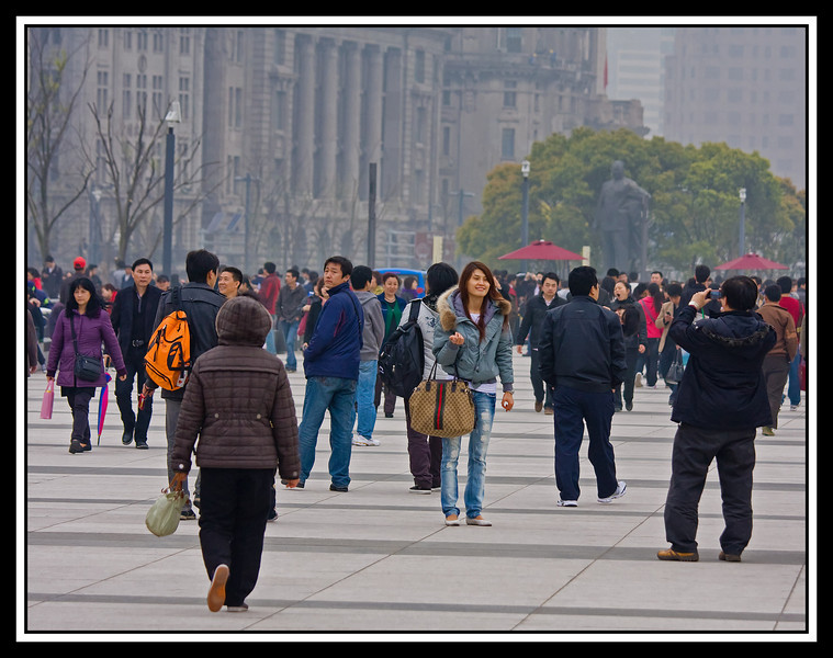 Strolling on the Bund even in the midst of heavy smog...