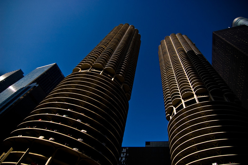 Title: Fluted Towers<br /> Date: November 2010<br /> Marina City skyscrapers along the north side of the Chicago River.  Taken from the Chicago River on a river cruise.