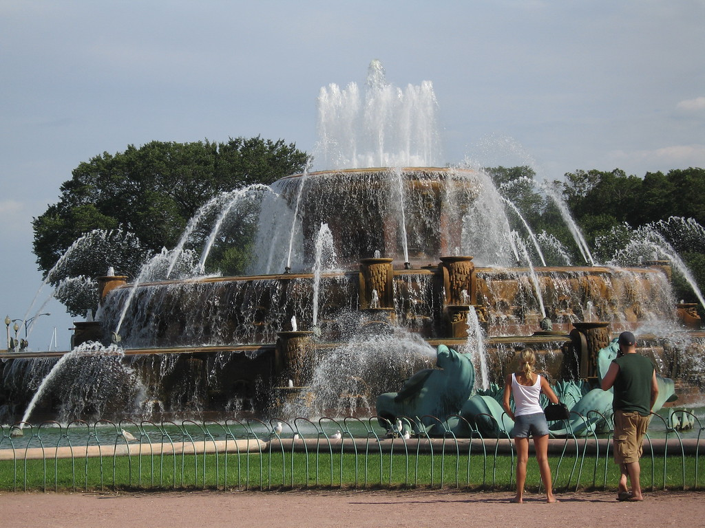 Clarence Buckingham Fountain in Grant Park