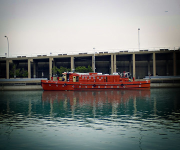 Fire boat at Navy Pier