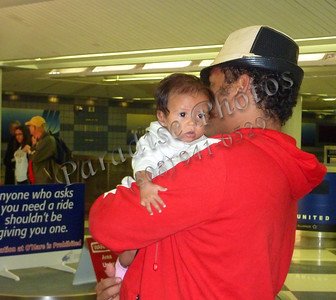 Father & baby Chicago airport 091810 999