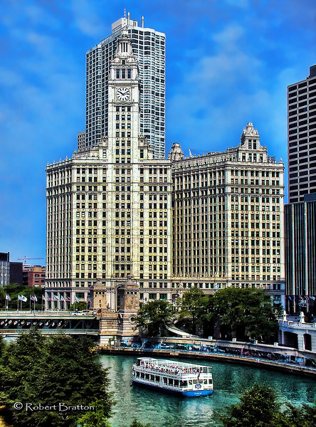 Chicago River and the Wrigley Building