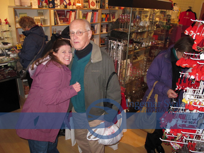 In the Gift Shop in the Museum, Lisa and Roger have also found some gifts to take home.