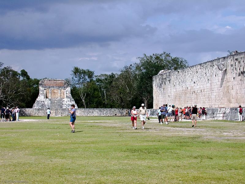 Chichen-Itza (19 of 30)<br /> <br /> Juego de pelota. Ruine de style Maya Toltèque, où se déroulait le jeu de balle.