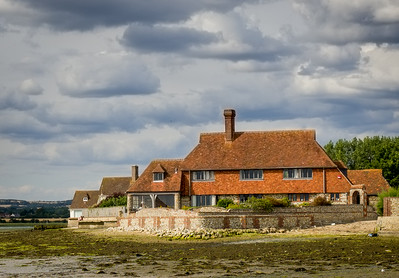 Bosham Harbour - Waterside Properties