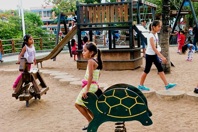 Playground at the waterfront, Puerto Ayora