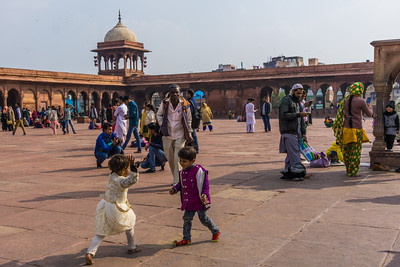 Children playing at Jama Masjid.