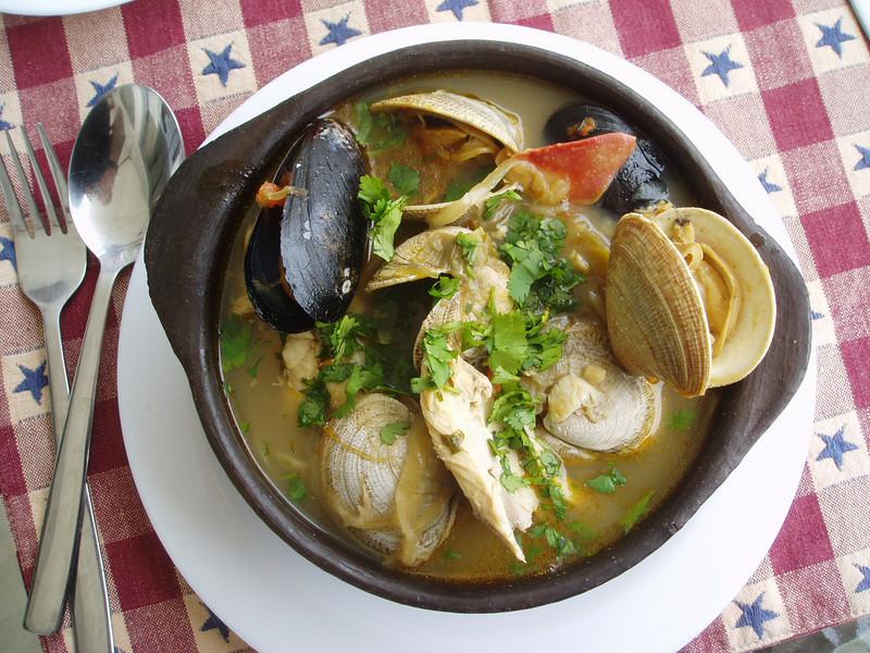 Sanda &  Axel's splendid seafood soup