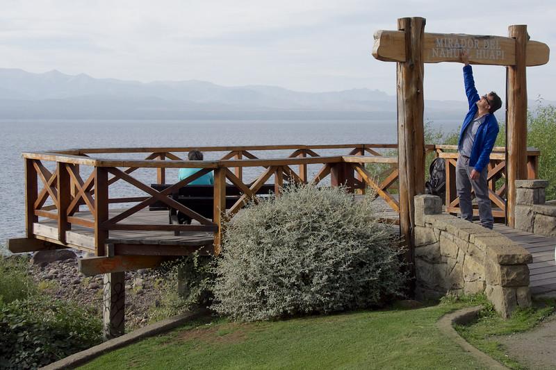 Saba at Signpost to Mirador del Nahuel Huapi, Bariloche, Argentina