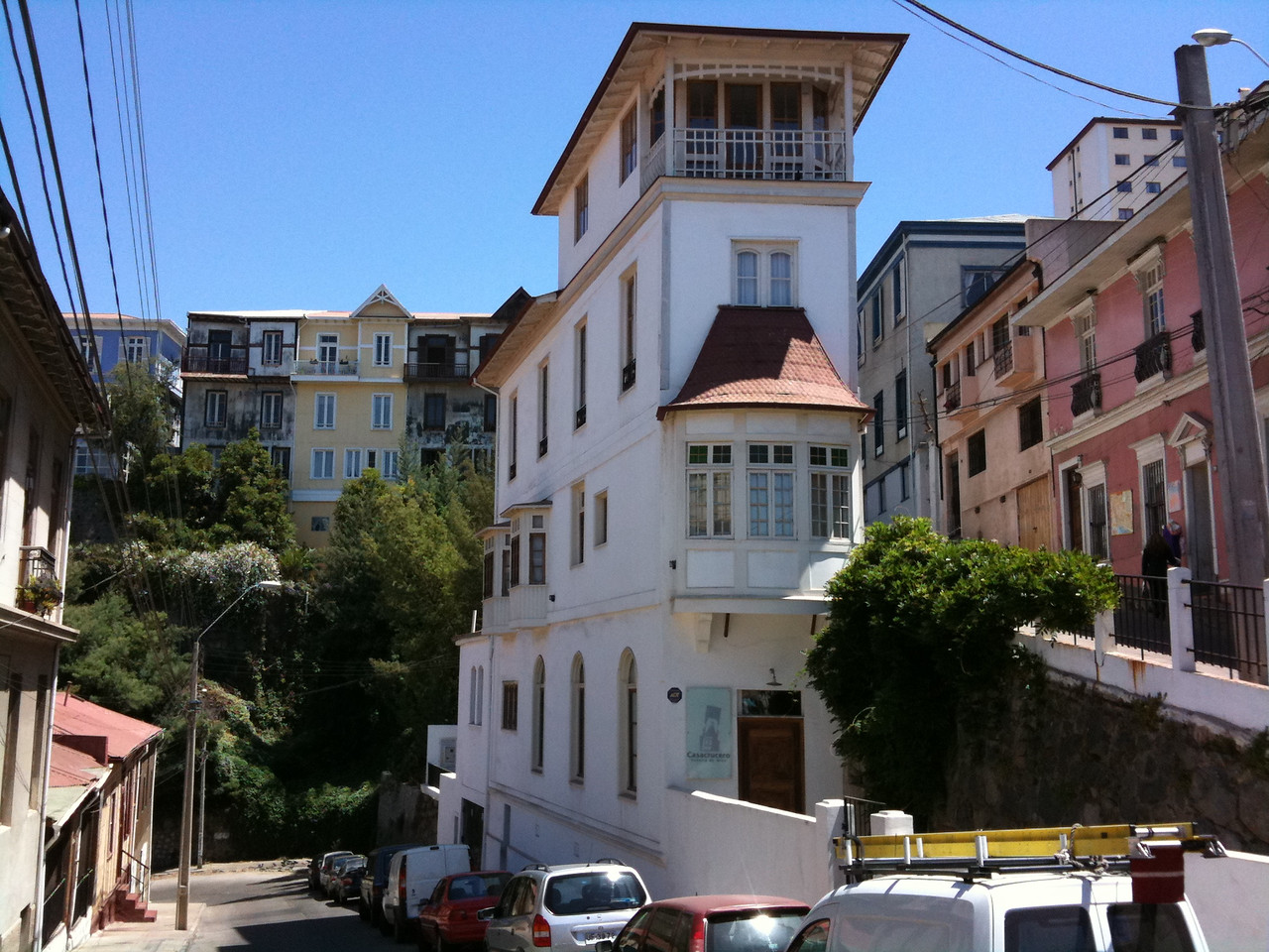 The Ineffable Charm of Valapaiso