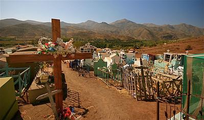 Cementario de Pichasca. Ruta Antakari, Chili.